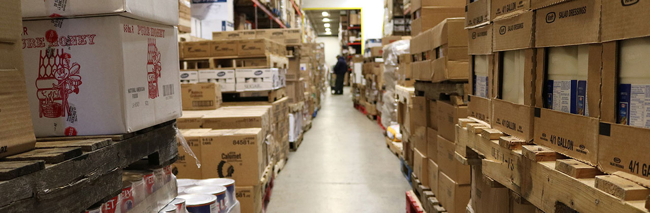 8830df013 420 Warehouse Stocking - Dennis Paper   Food Service