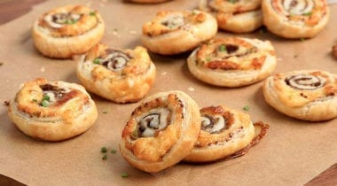steak puff pastry roll