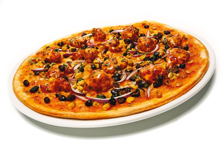 ken's boom boom sauce chicken pizza with onions and black olives