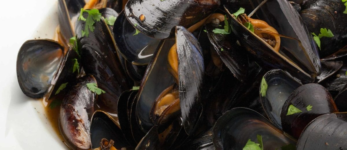 sweet red chili mussels