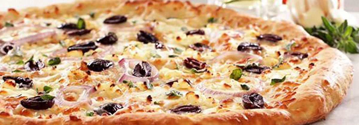 mediterranean pizza with black olives and onion