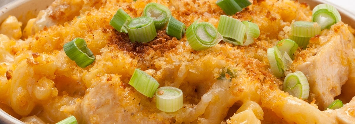 baked macaroni and cheese with chicken and scallions