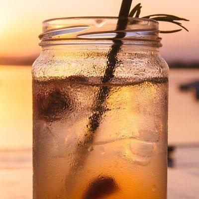 ice tea in mason jar