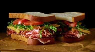 sandwich with udi's gluten free bread